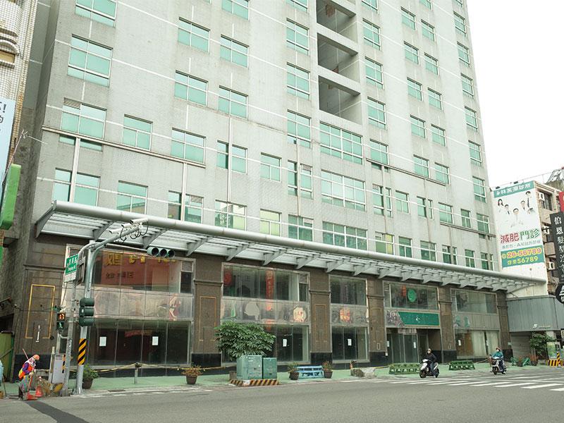 台南市東區東寧路整棟旅館