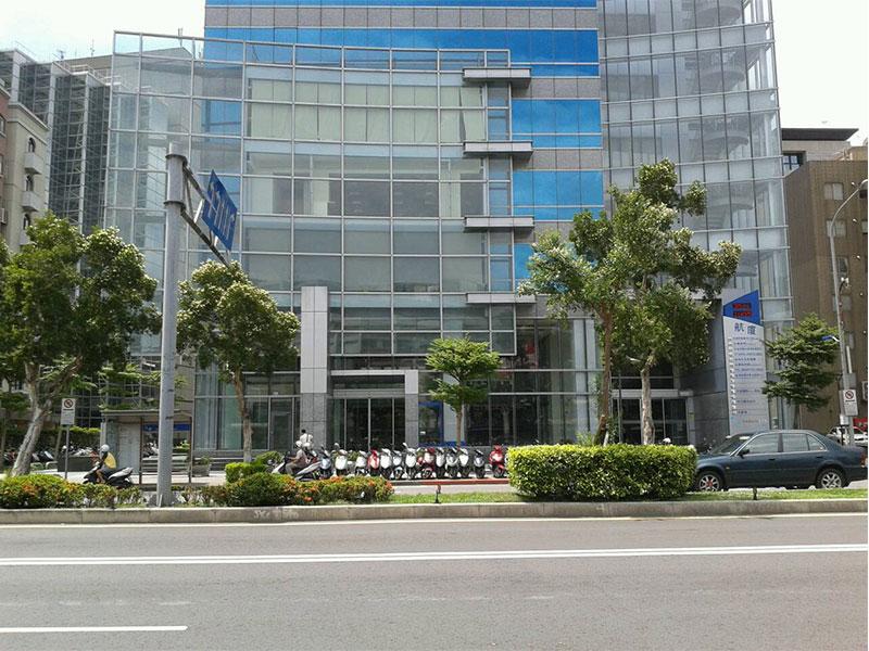 松山機場附近辦公店面01