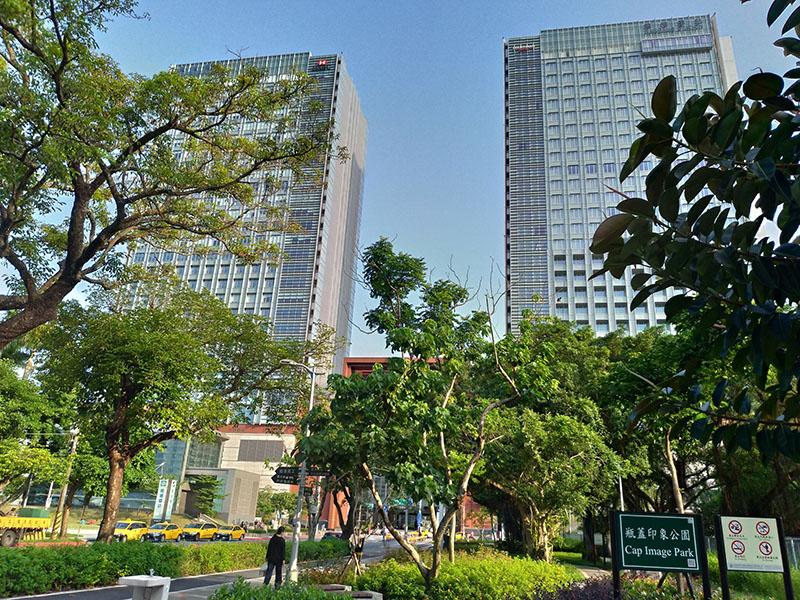 南港昆陽站商業區土地 (2)